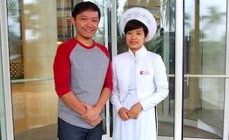 Let's Go Sago w/ Vietnamese in Ao Dai Vietnamese Naitonal Costume